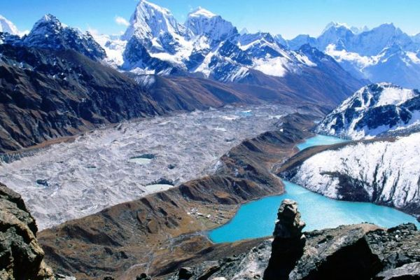 Everest circuit trek – Gokyo Everest base camp via Cho-La pass