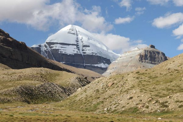 Mt. Kailash Helicopter Tour